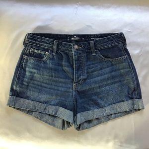 Hollister High Rise Boyfriend Shorts Size 28